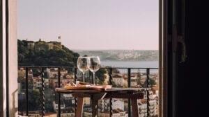Wijnspecialist - haal de vakantie in huis